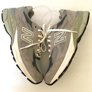 New Balance 990 grey leather sneakers